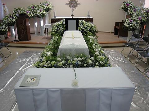 無宗教葬からどのような宗旨のご葬儀もお任せください